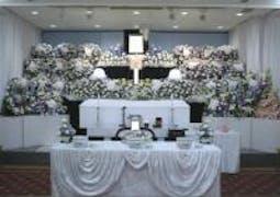日華斎場/行華殿でお花で送るお葬式