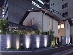 「メモリアルハウス花堀江」 ~家族に囲まれた無宗教葬~ 2015年12月施行