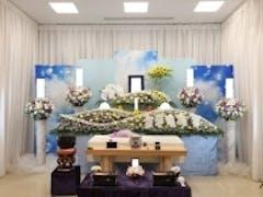 四ツ木斎場でヒマワリをアレンジした花祭壇