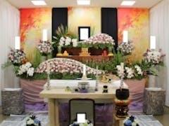 桐ヶ谷斎場 秋限定の花祭壇で行った家族葬