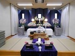 谷塚斎場「星館」で10名の家族葬