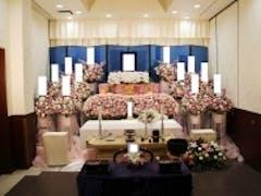 三郷市斎場の新館でお花に囲まれた家族葬