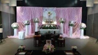 お通夜はご自宅で、葬儀は斎場で。