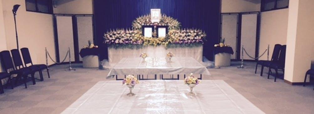 無宗派葬も対応しております。お写真は会食スタイルの一例となっております。