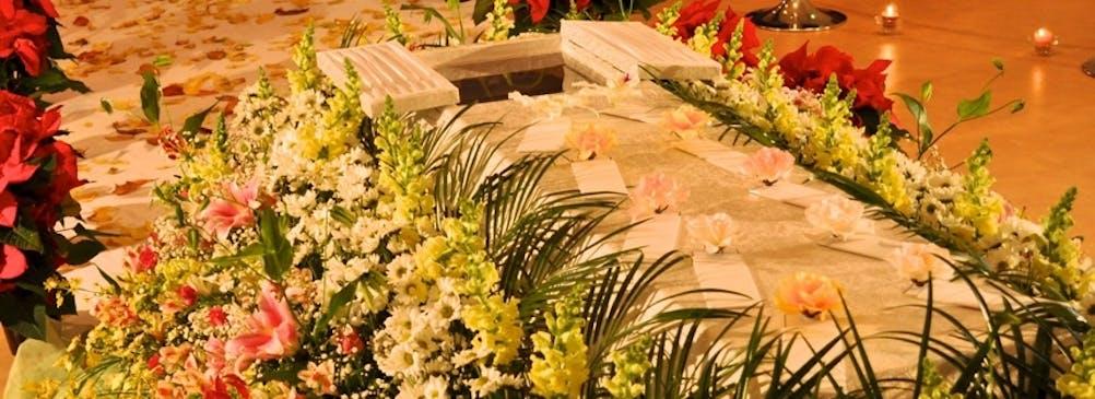無宗教葬・オリジナル葬として、従来の葬儀とは異なる形の葬儀も提案できます