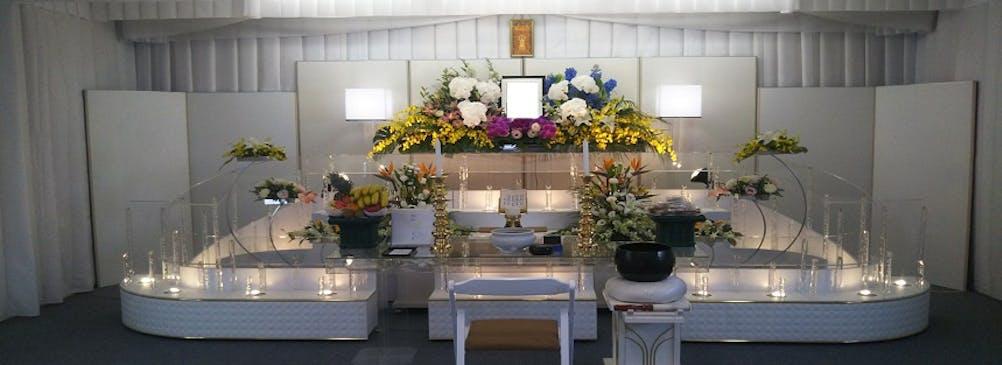 一日一組貸切の家族葬ホールやまはな